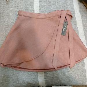 NWT Lulu's wrap to it skirt
